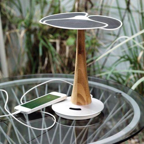 Cargador Solar Árbol y Soporte