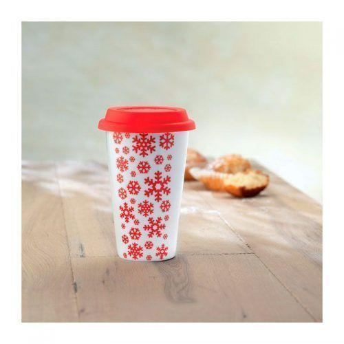Taza de cerámica con motivos navideños.