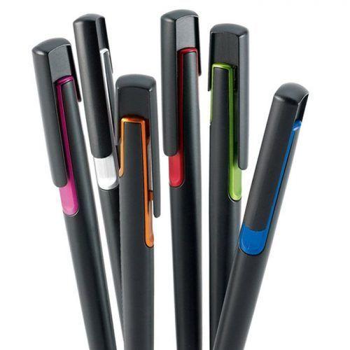 Bolígrafo personalizable por tampografía