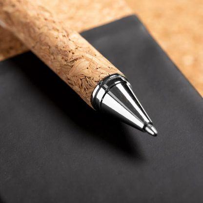 Boligrafo en corcho
