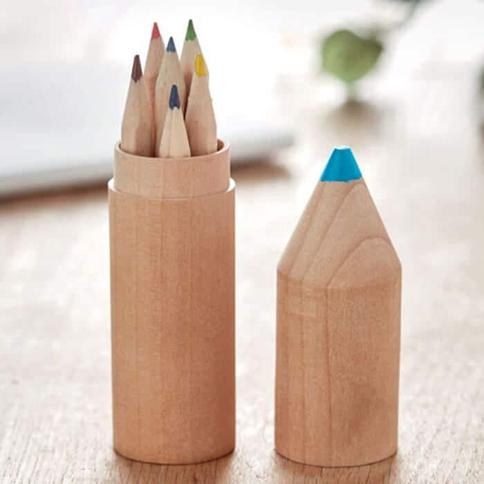 Pinta y Colorea